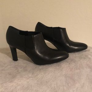 Franco Sarto Low Ankle Cuff Leather Black Booties